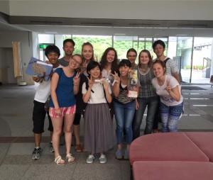 広島国際プラザにて、多くのメンバーはここでお別れ。お土産もいただきました!